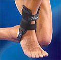 Tutor unieruchamiający stopę i staw skokowy